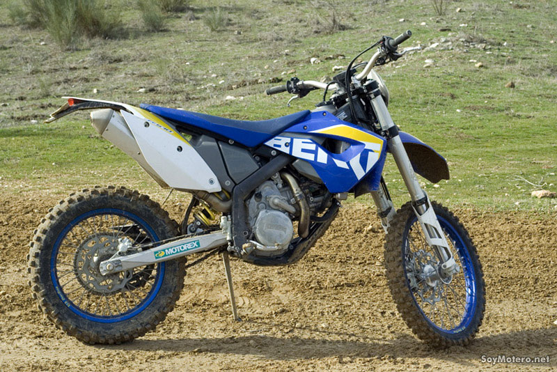 Husaberg FE 570  2010 - lateral derecho