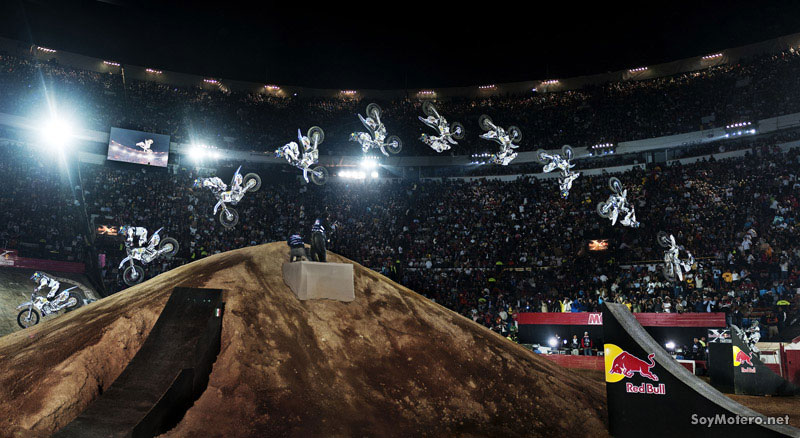 Red Bull X-Fighters México 2010 - Back flip