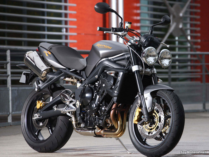 kawasaki er 6n o triumph street triple forocoches. Black Bedroom Furniture Sets. Home Design Ideas