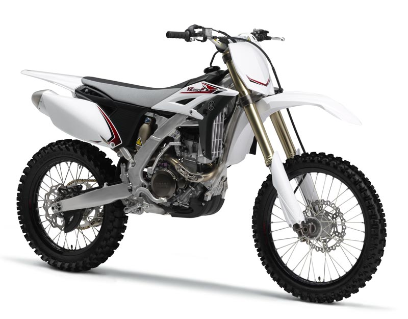 Yamaha YZ250F 2012, color blanco