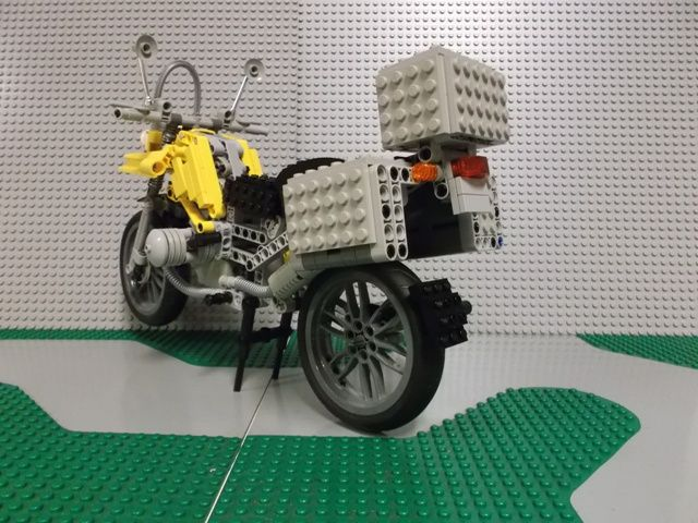 maqueta lego technic bmw r 1200 gs. Black Bedroom Furniture Sets. Home Design Ideas