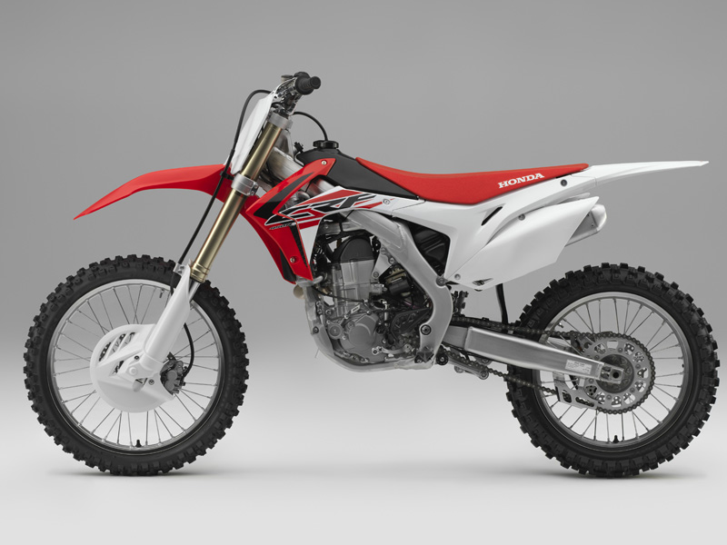 Honda CR-F 450 2015 lateral izdo