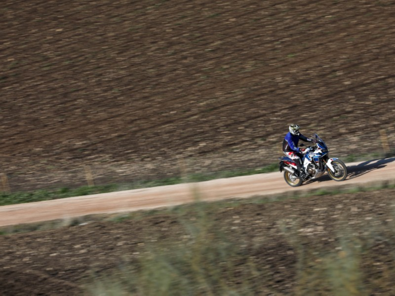 AfricaTwin Adventure Sport off road a toda velocidad 5