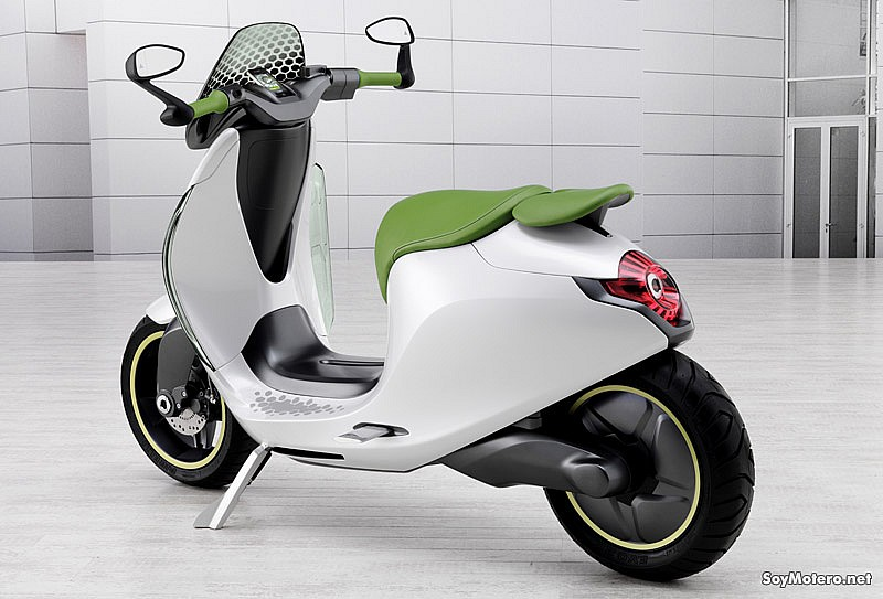 smart scooter - vista trasera, laterale escudo transparente