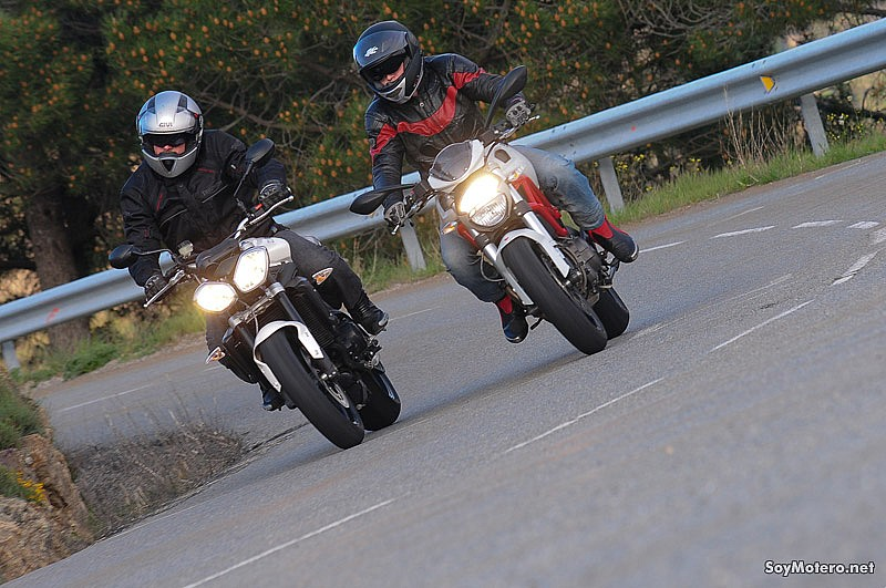 Comparativa Ducati Monster 796 vs Triumph Street Triple R: grandes naked