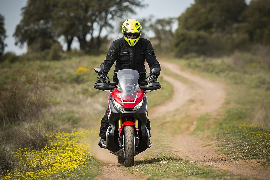 Honda X-ADV off road 2