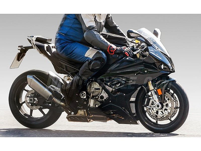 BMW S1000RR 2019: lateral