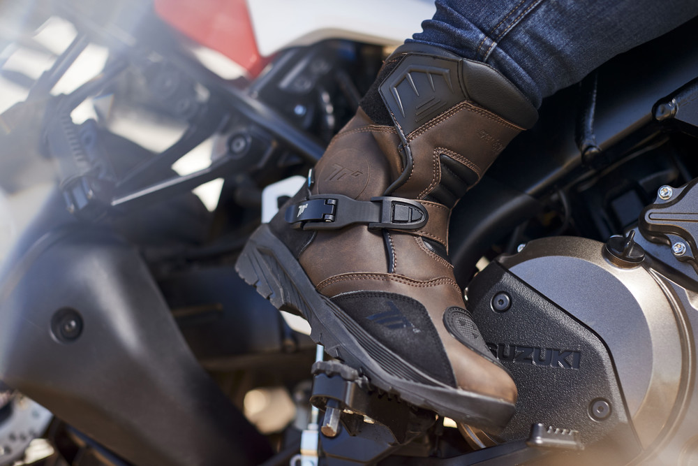 Botas Seventy Degrees para motos Touring y Adventure
