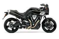 Yamaha MT-01 con kit carenado MT-0S - vista derecha