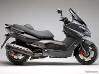 Kymco Xciting 500 ABS - negro y gris mate, asiento doble altura