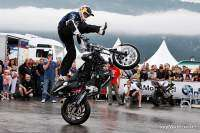 BMW Motorrad Days 2009 - exhibición de freestyle por Chris Pfeiffer