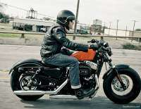 Harley Davidson Forty-Eight - rodando
