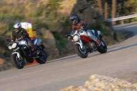 Comparativa Ducati Monster 796 vs Triumph Street Triple R: pura acción