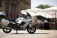 Triumph Trophy 1200 SE 2013 de color gris