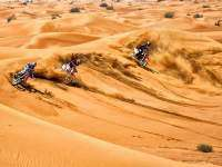 Sheehan, Rebeaud y Renner en el desierto de Dubai. Red Bull X-Fighters 2013.