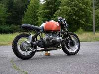 BMW R100R Brat Cafe por Rough Cycles - trasera