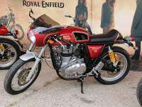 Racer Explosion 2017: Royal Enfield Continental GT roja
