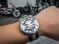 Indian Motorcycles - Bomberg