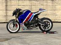 Buell CR 1125RR por Greaser Garage - lateral