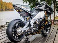 "Buell XBRR ""John Player Special"" - trasera"