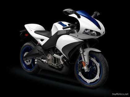 Buell 1125R color blanco y azul