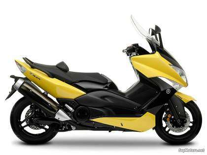 Yamaha TMAX - color amarillo