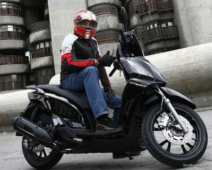 Kymco People 125 GTI - ok