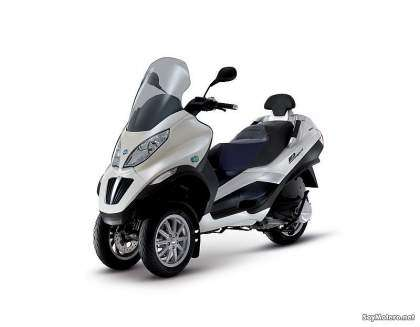 Piaggio Mp3 Hybrid 300ie - Lateral