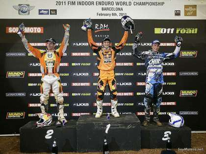 FIM Enduro Indoor Barcelona 2011, podio #1 Taddy Blazusiak, #2 David Knight, #3 Joakim Ljunggren