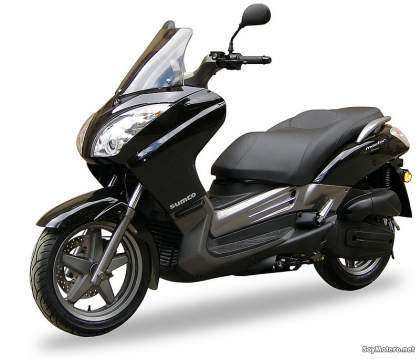 Sumco Master MT125: en color negro