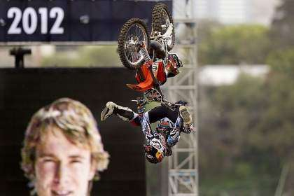 Levi Sherwood, Red Bull X-Fighters Sidney