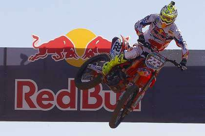 Give Me Five 2013: Tony Cairoli durante el motocross internacional de Valdemorillo