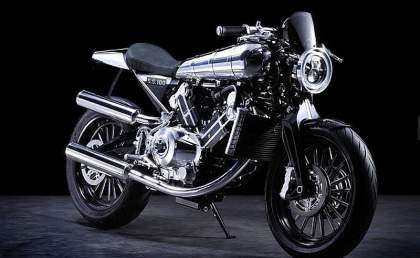 Brough Superior SS 100 2015