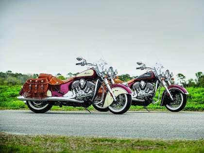 Dos motos familia Indian Chief Vintage 2015