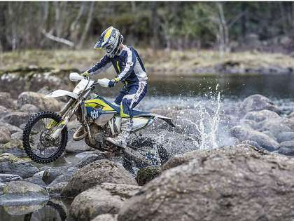 Off road suave: ¿enduro, trail ligera, trial o eléctrica?