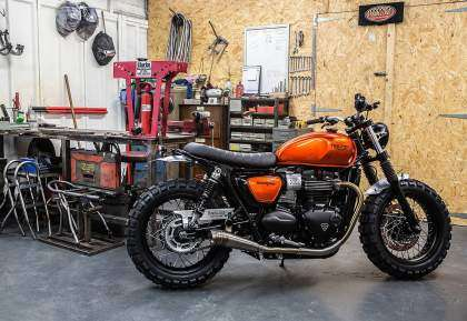 Triumph Street Twin por Down and Out Cafe Racers