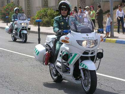 Las motos de la Guardia Civil contarán con radares ligeros