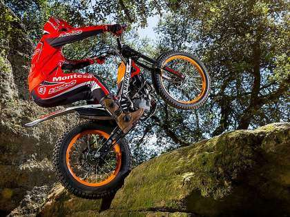Montesa Cota 4RT Race Replica.