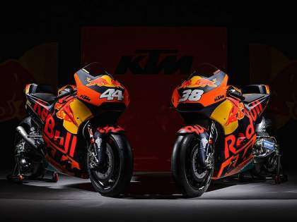 KTM RC16 de Espargaro y Smith