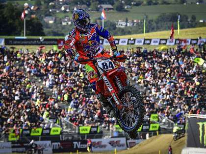 Herlings intenta dar caza a Cairoli