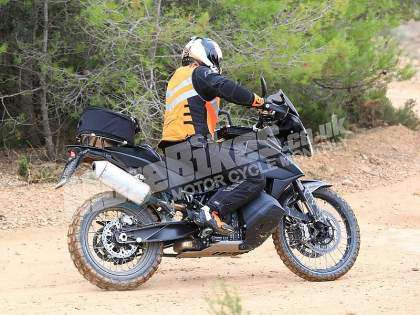 KTM 790 Adventure 2018 en acción