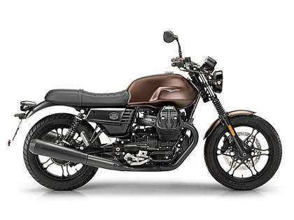 "Moto Guzzi V7 III Stone ""Night Pack"""