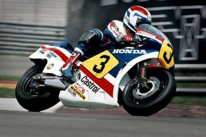 Freddie Spencer sobre la Honda NS500 (1983)