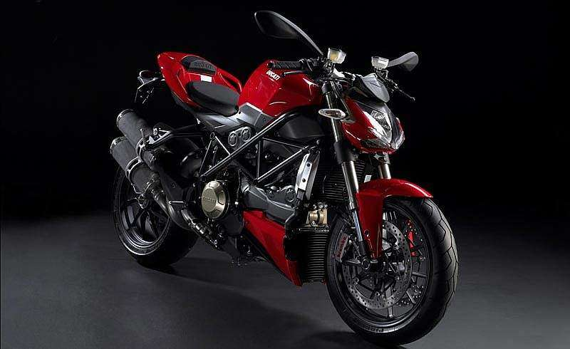Ducati Streetfighter color rojo