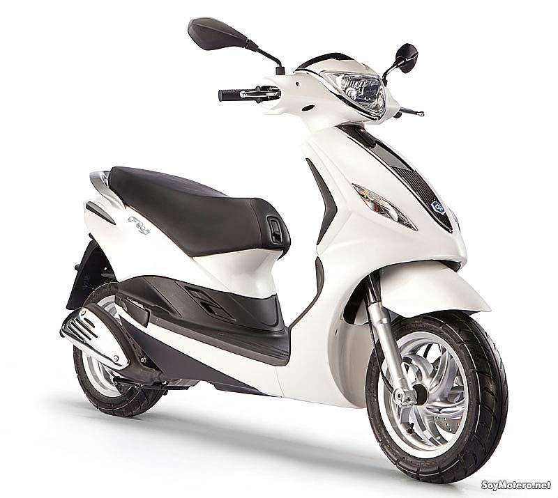 Piaggio FLY 50 4t 2012 color blanco brillo