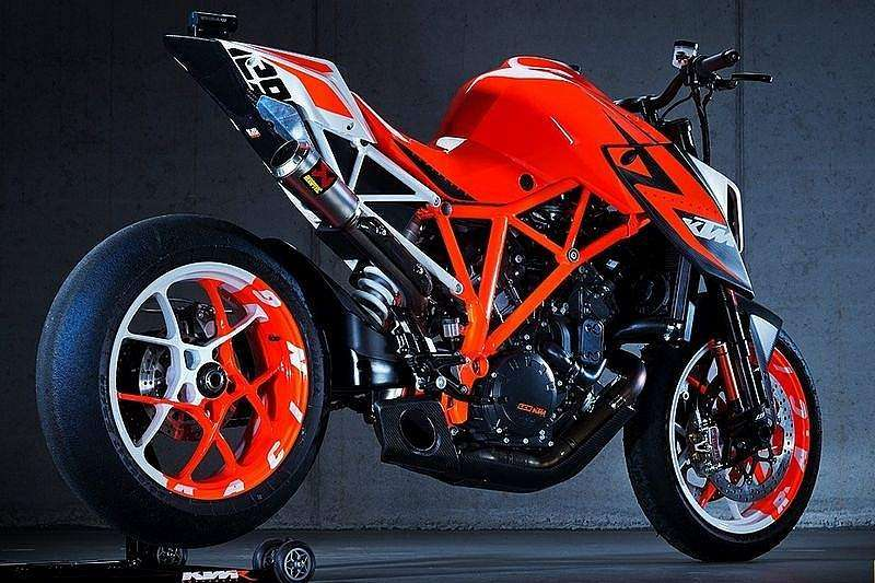 EICMA 2012: KTM 1290 Super Duke R 2013