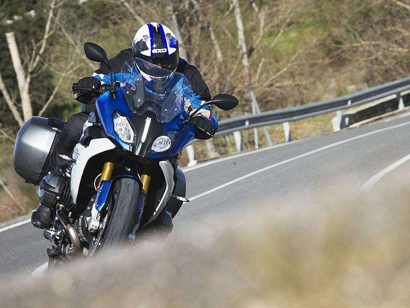 La BMW R1200RS arranca en 14.500 €