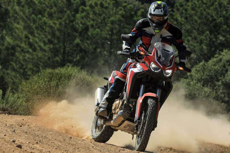 La Africa Twin estándar es ideal para conducción off road