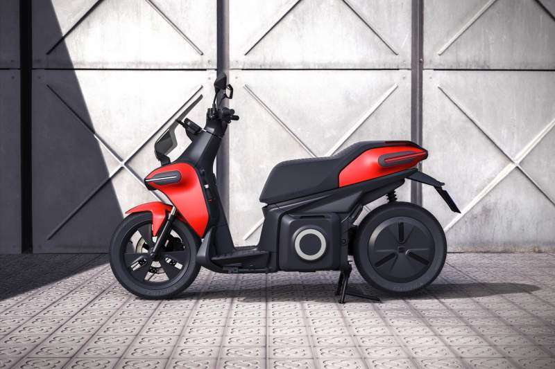 SEAT e-Scooter concept lateral