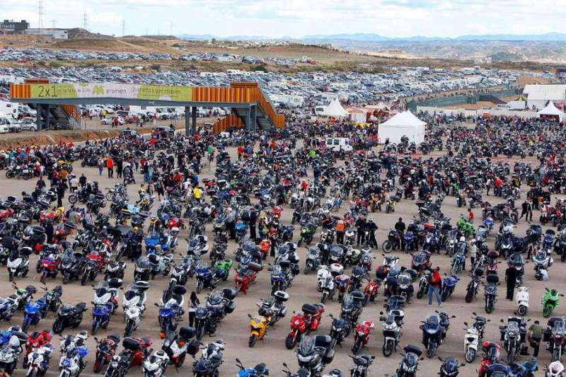 Parking de motos en GP